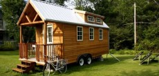 Another RV House on Wheels: Doubled as a College Dorm Room