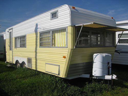 Vintage rv restored 1971 layton travel trailer for Classic motor homes for sale