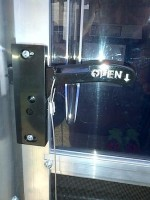 rv-screen-door-latch-1