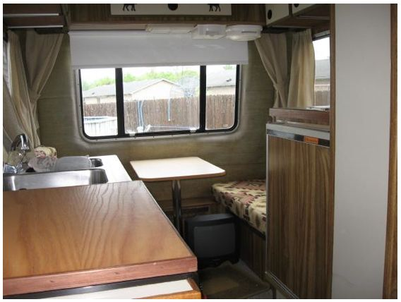 small fifth wheel trailer quantum interior 4