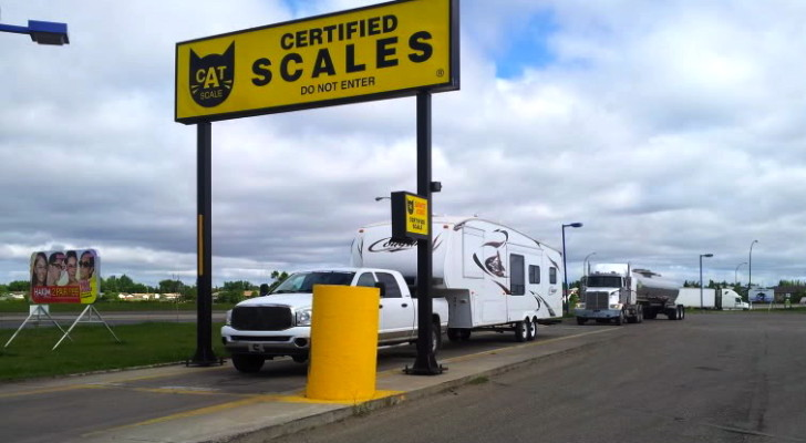 Top 3 Apps for Hassle Free Matching of Tow Vehicles and Trailers – FifthWheelSt Weighs In