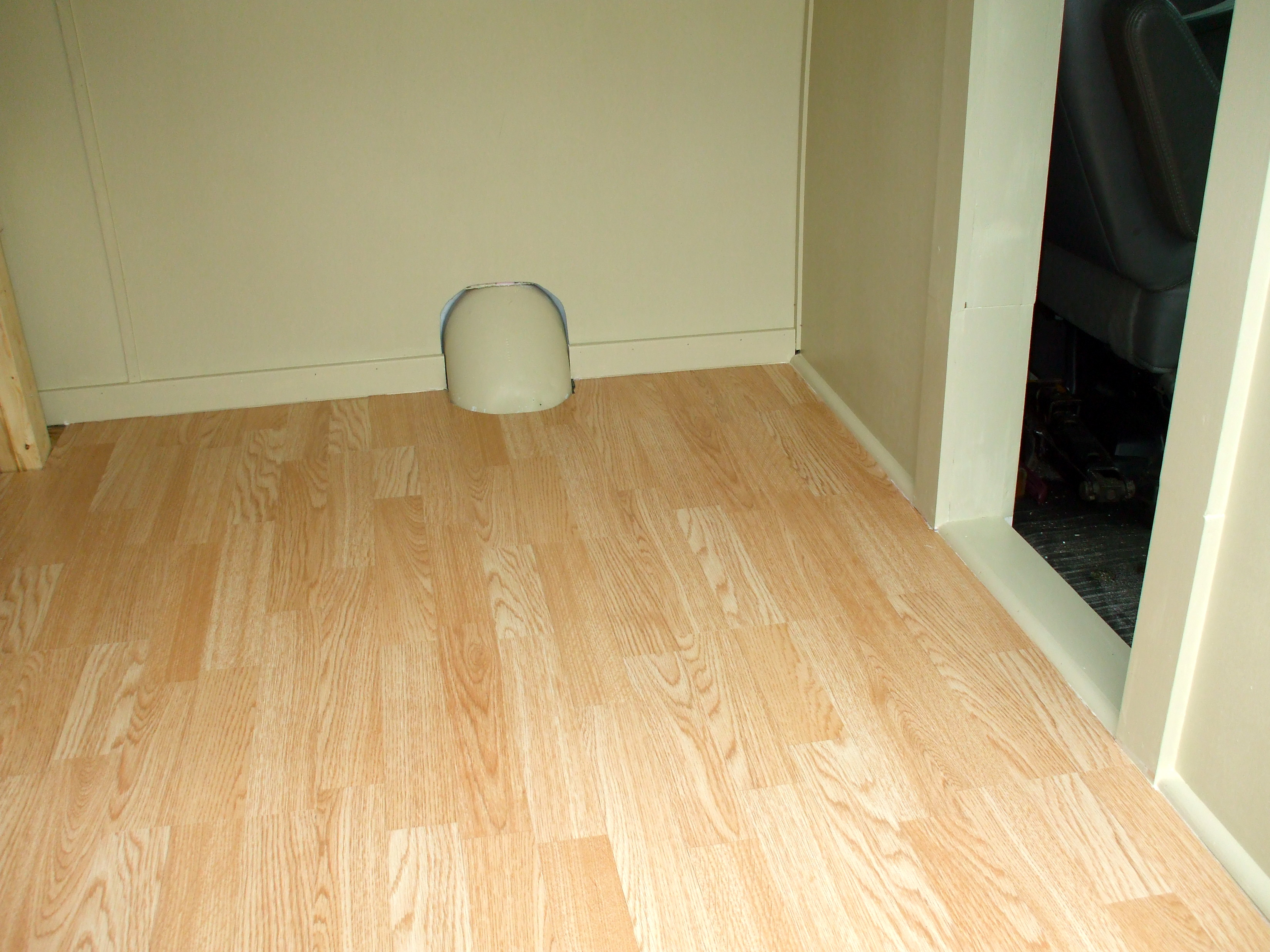 Laminate Flooring Corners Photos