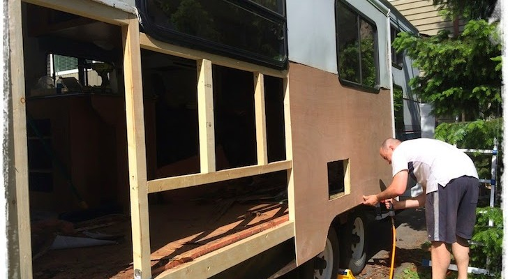 What This Family Did to Save a 1997 Prowler Travel Trailer Blew Me Away. I Would Have Given Up.