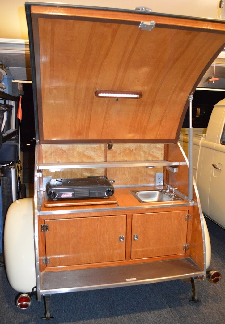 Unique 1940s Style Teardrop Camper With Modern Amenities
