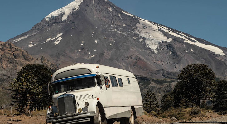 This Man Bought An Old Mercedes-Benz Bus And Turned It Into A Mobile Ski Lodge