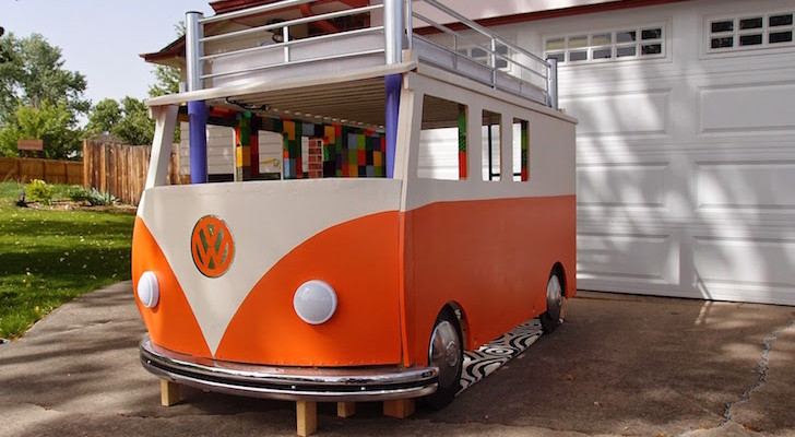 This Awesome Dad Built His Daughter A Volkswagen Bus Bed For $100 And She Loved It