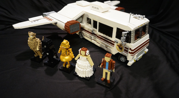 Homemade Eagle 5 Winnebago With Wings Made From LEGOs
