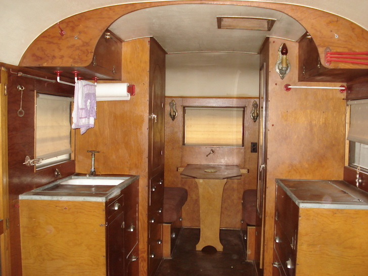 Vintage 1936 Travel Coach Deluxe Trailer