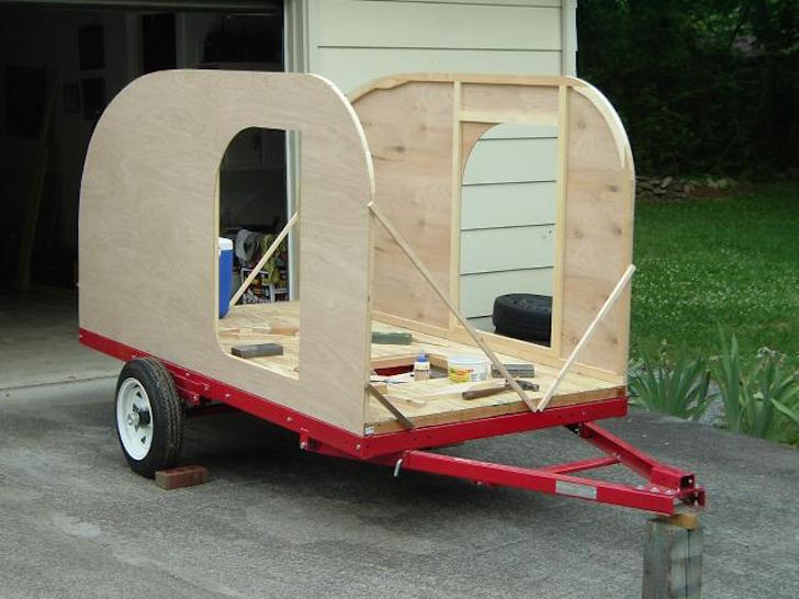 Truck Camper Plans Build Yourself: This Tiny Teardrop Camper Is The Perfect Mini RV