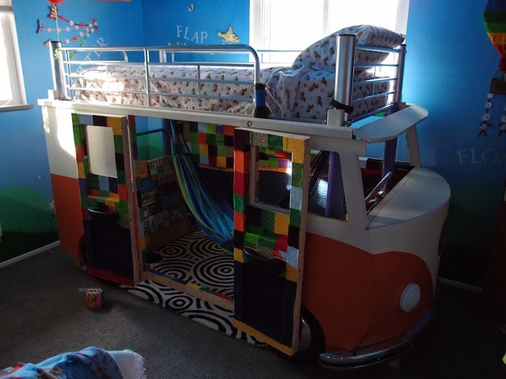 This Awesome Dad Built His Daughter A Volkswagen Bus Bed