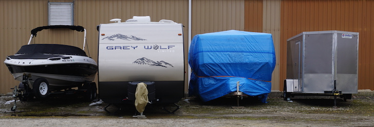 What Type Of Tarp Should You Use When Storing Your Rv