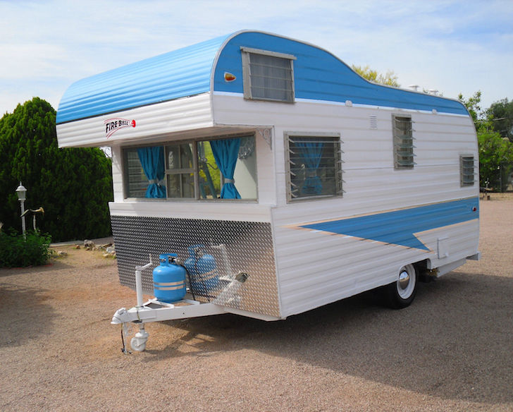 Perfect Glamping Camper 1963 Fireball Meteor
