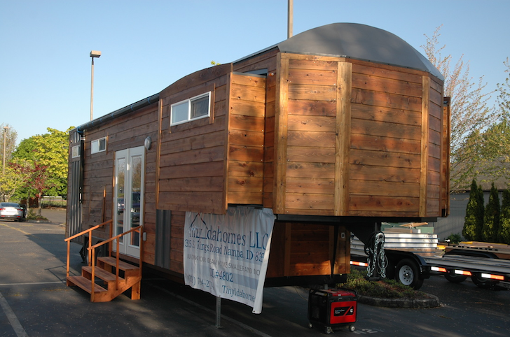 tiny house with slide outs built on a gooseneck trailer. Black Bedroom Furniture Sets. Home Design Ideas