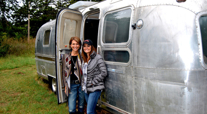 A Once Perfectly Dilapidated Airstream Now Houses This Chic Fashion Boutique