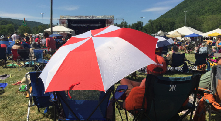 6 Essential Tips For Attending A Summer Music Festival With Your RV