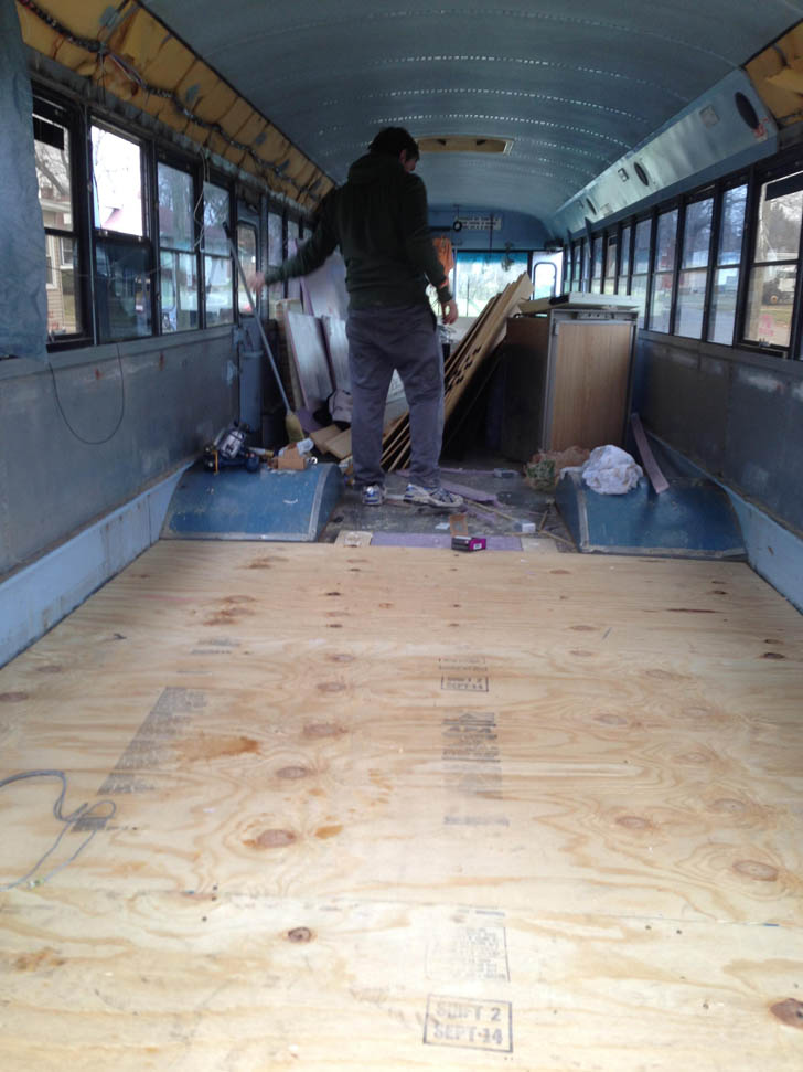 What To Do With Old Car Seats >> 40-Foot Carpenter School Bus Rebuilt By 8 College Students