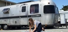 This Woman Uses Her Trailer As A Mobile Quilting Studio