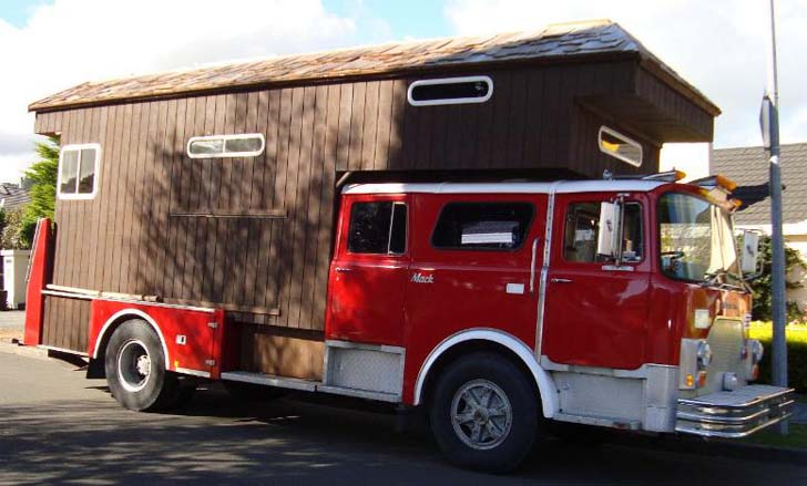 7 Seriously Cool Housetrucks You Have To See