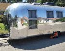 This 1964 Airstream Safari Doesn't Look Like It Used To – In A Good Way Though