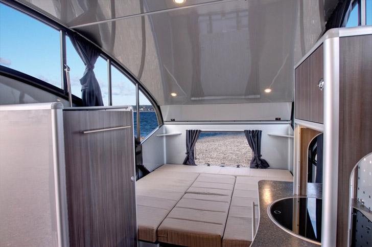 The Canadian Safari Condo Alto R Has An Usual Roof Design
