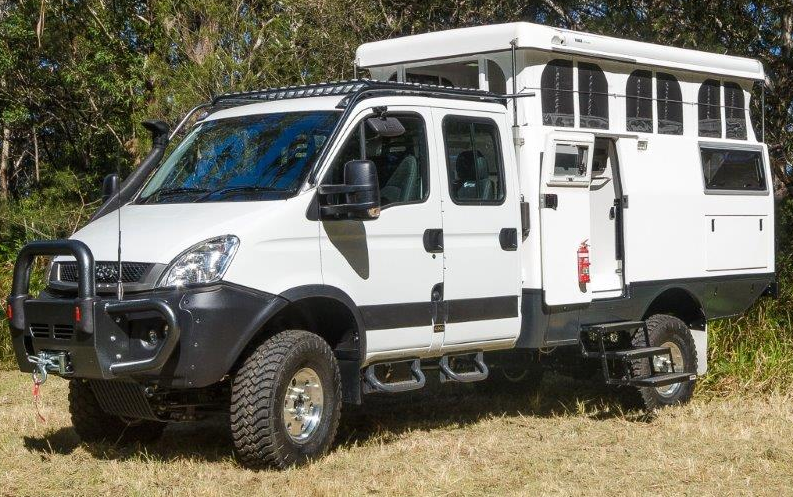 Earth Cruiser Gets Off Grid Without Sacrificing Comfort