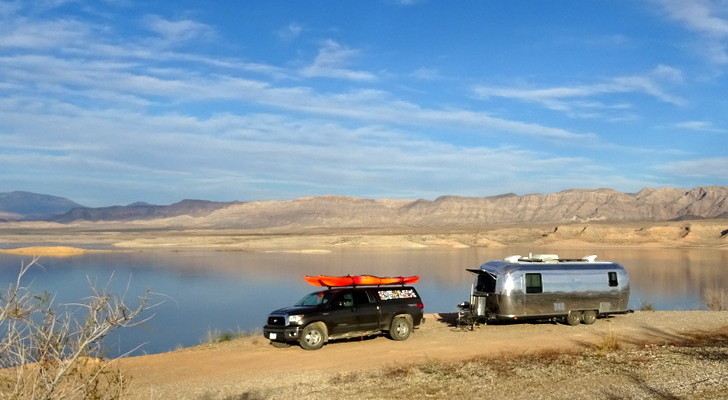 5 Boondocking Lessons: How To Camp In The Wild For Free (And Like A Pro) [TUTORIAL]