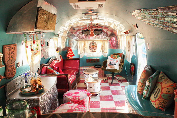 Junk Gypsy Gals Style Airstreams For Celebrities