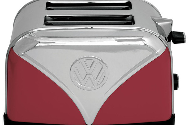 Volkswagen Inspired Kettle And Toaster (In Two Colors) Keeps The Dream Alive