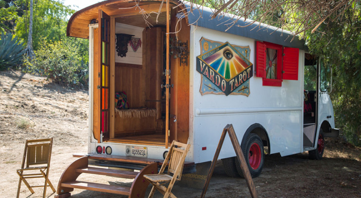 Get A Tarot Reading In This Converted Food Truck