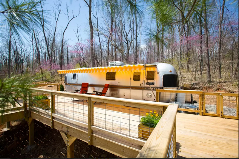 Five awesome backyard and rooftop airstreams for Rv with roof deck